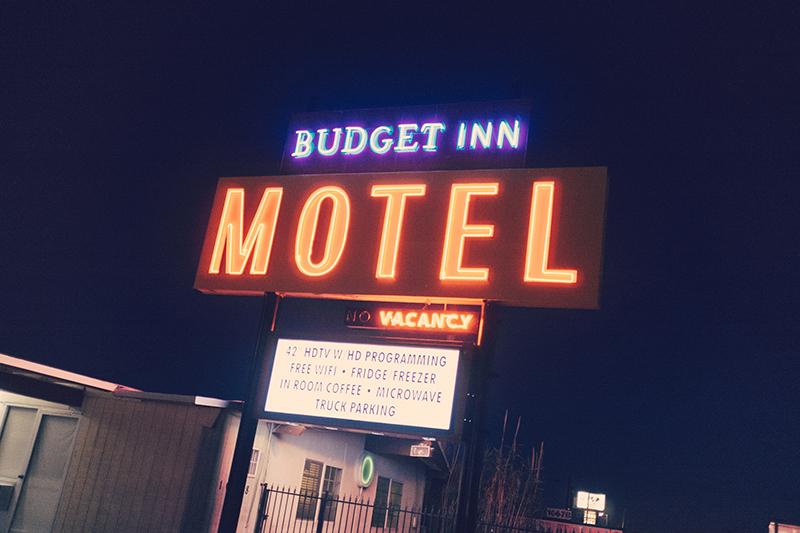 Budget Inn Motel with Coffee inn the Room