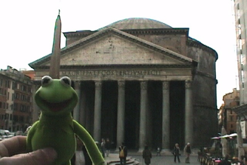 Kermit at the Partheon