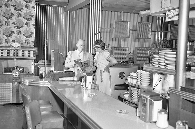 King Eddie's Restaurant, 1954