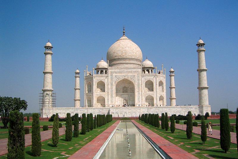 Taj Mahal a little closer now