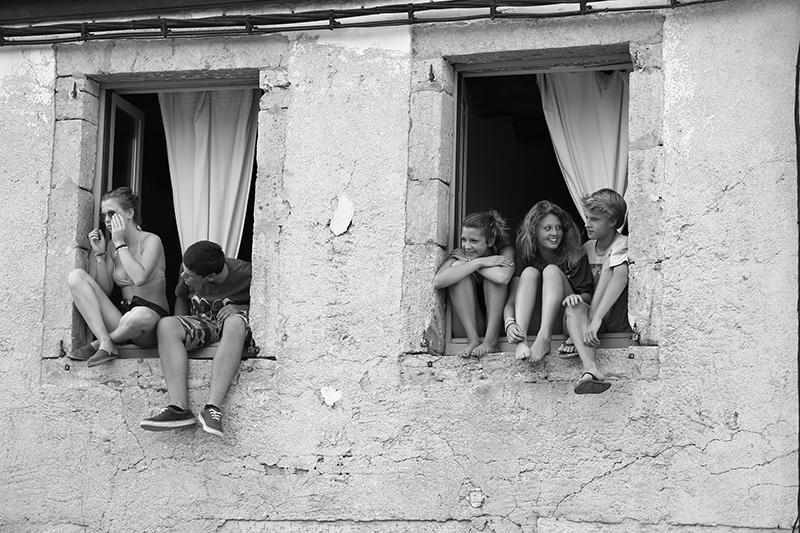 children out window