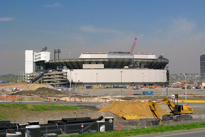 giants stadium coming down